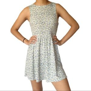 H&M Mini Floral Print Sleeveless Crew Flowy Dress